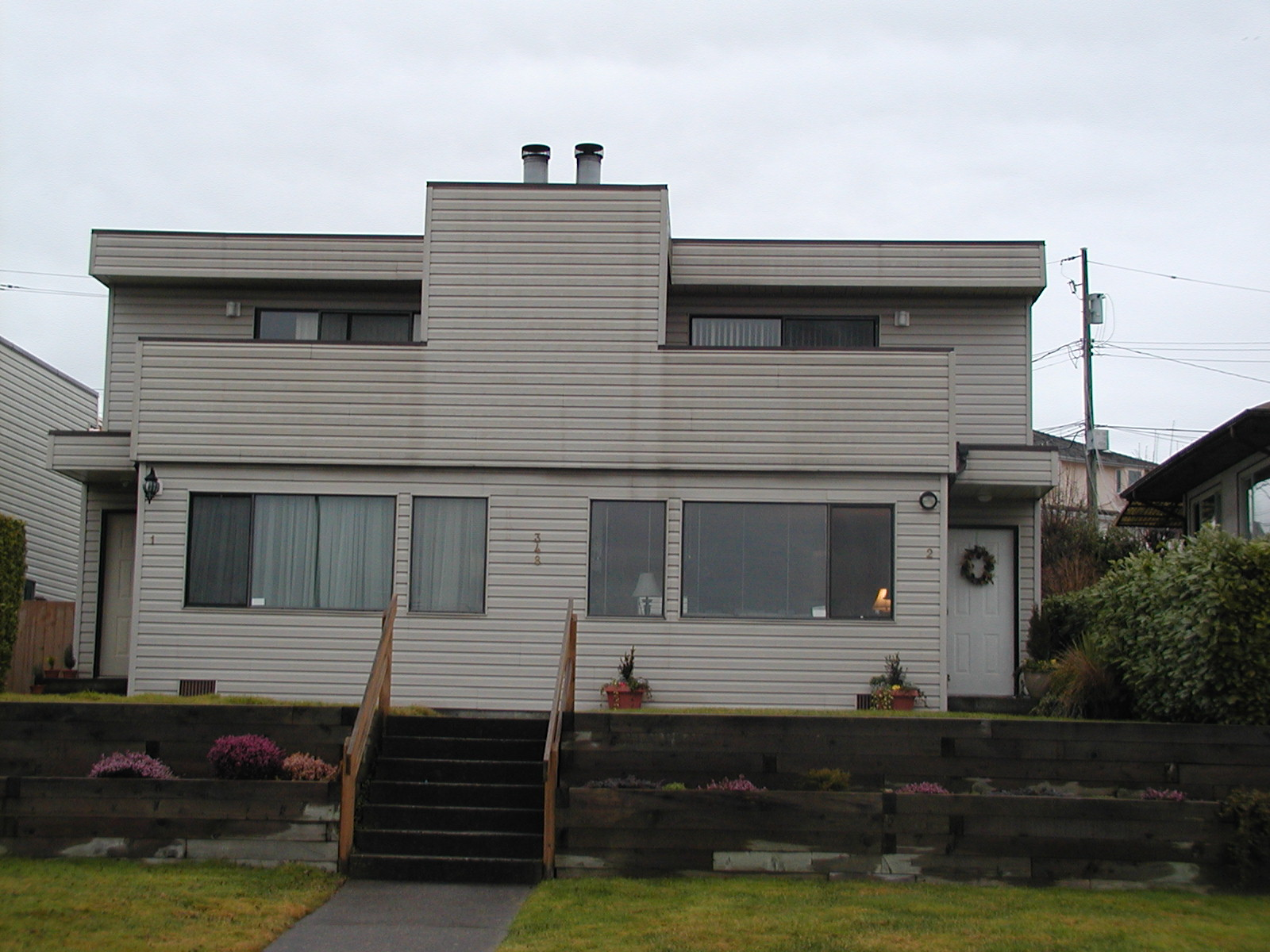 $2400.00 3bedroom/2.5 Bathroom Lower Lonsdale, North Vancouver