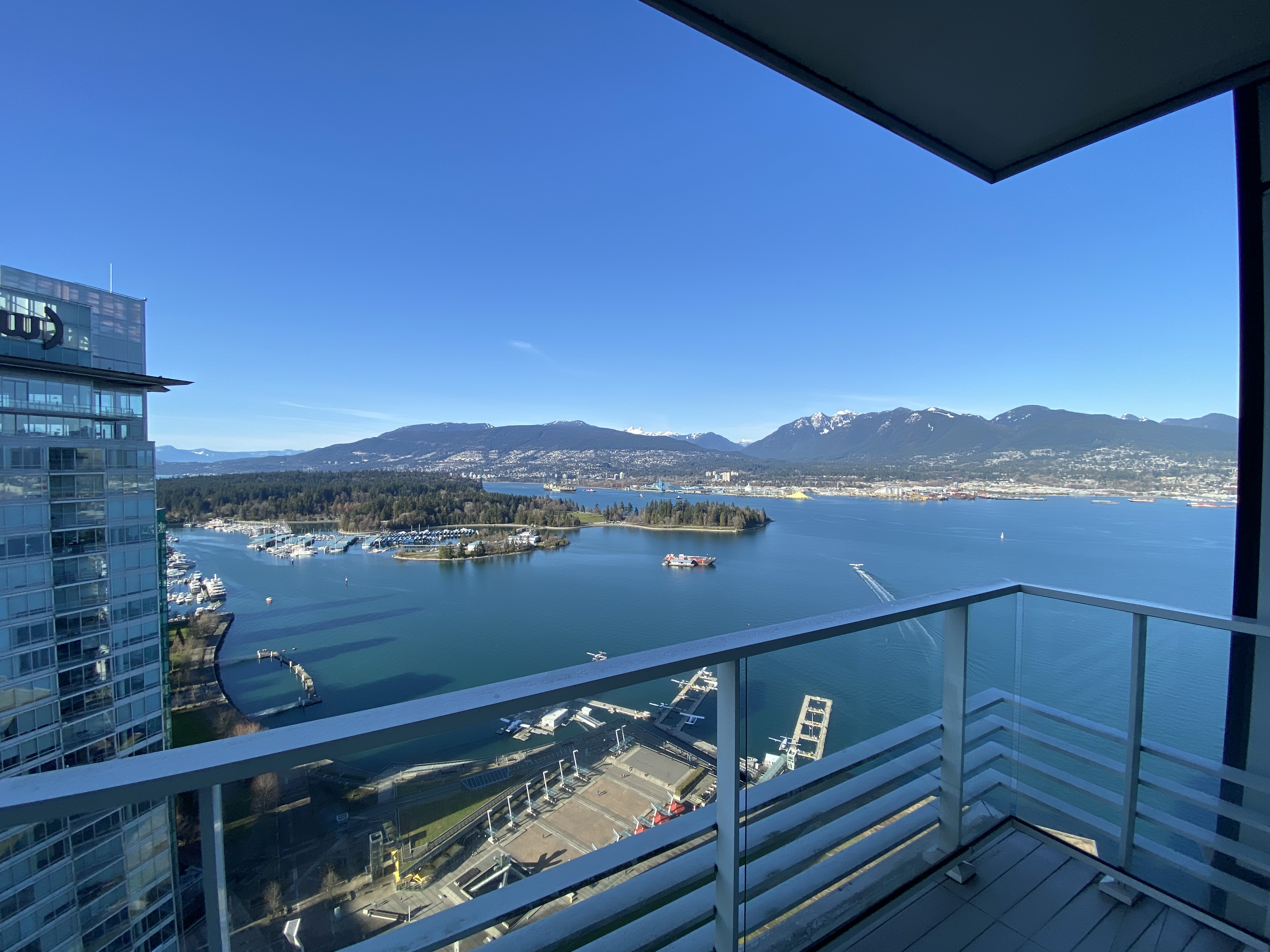 (DPMonline.ca) Fairmont Pacific Rim- Astonishing 45th Floor Luxury!