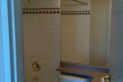 2010_10_13-Hel_488-ensuite-bathroom