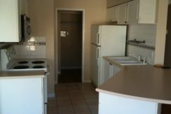 2010_10_13-Hel_488-kitchen-2