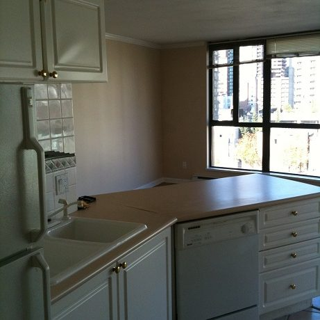 2010_10_13-Hel_488-kitchen-living-room