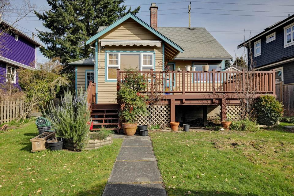 543 East 4th Street, North Vancouver