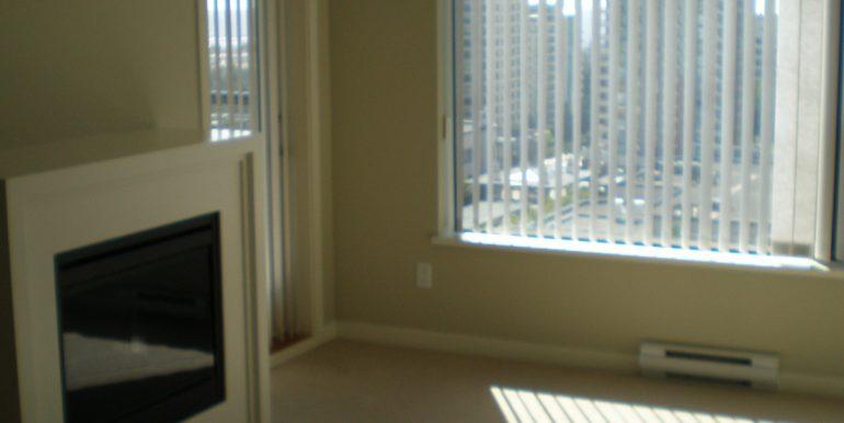 Col7108_2 Living room 004