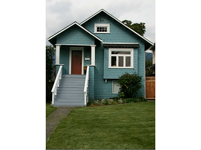 Cute Central Lonsdale Character Home w/ Suite, Sublet OK!