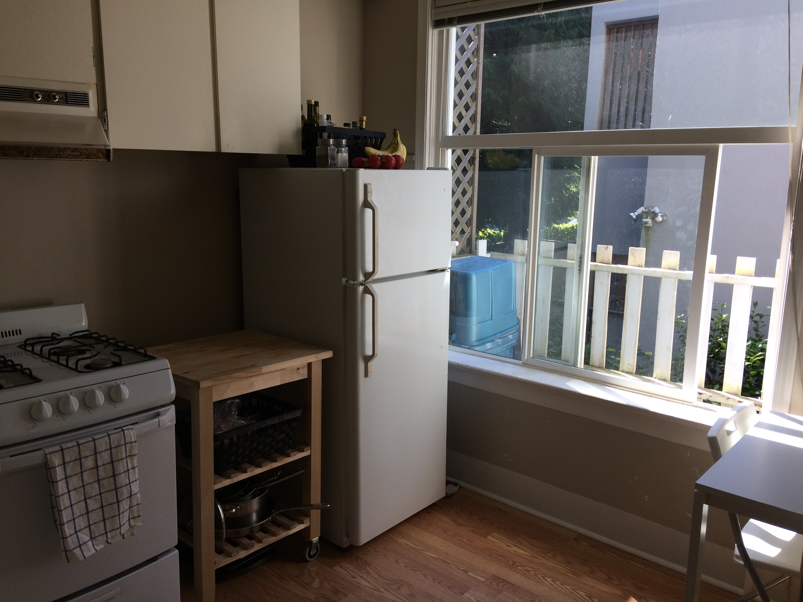 LoLo Character Building, 2 Bed with Gas Range!