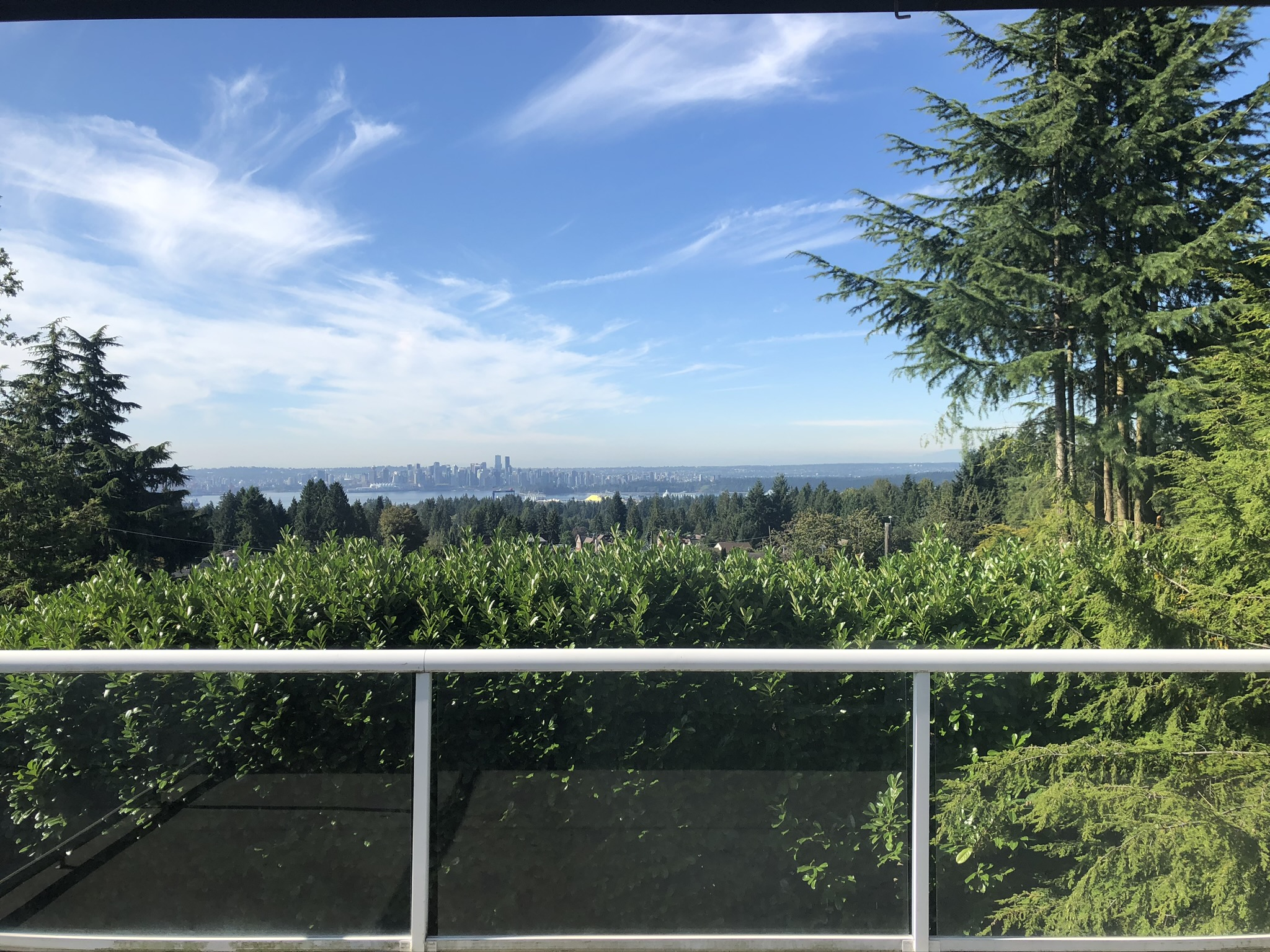 Lovely Renovated Delbrook Home With Jaw-Dropping Views -545 Granada Crescent