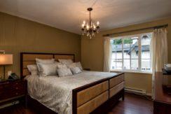 browning-master-bedroom