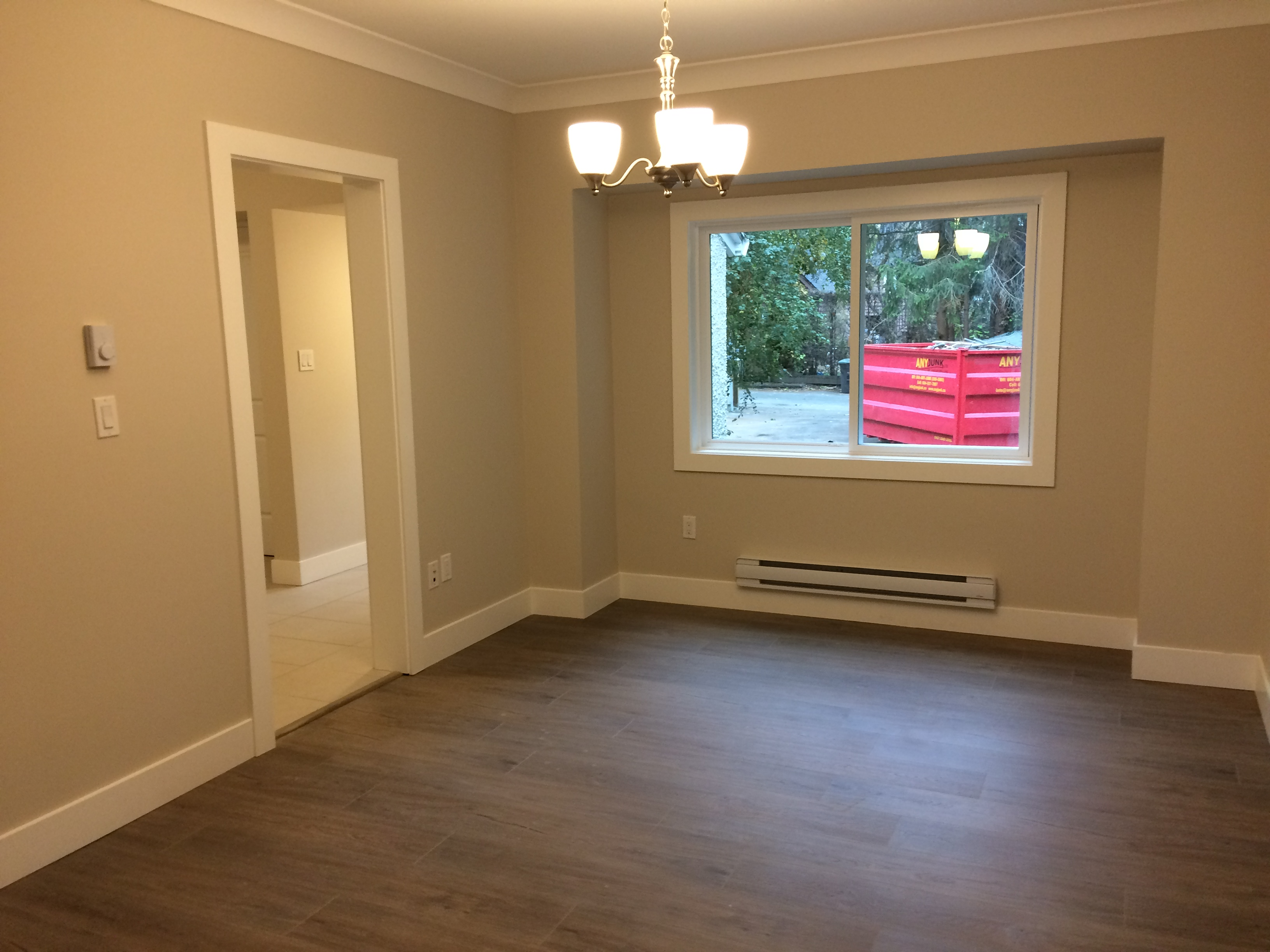 Remodeled Upper Level w/ 6 Beds- Vancouver's West Side