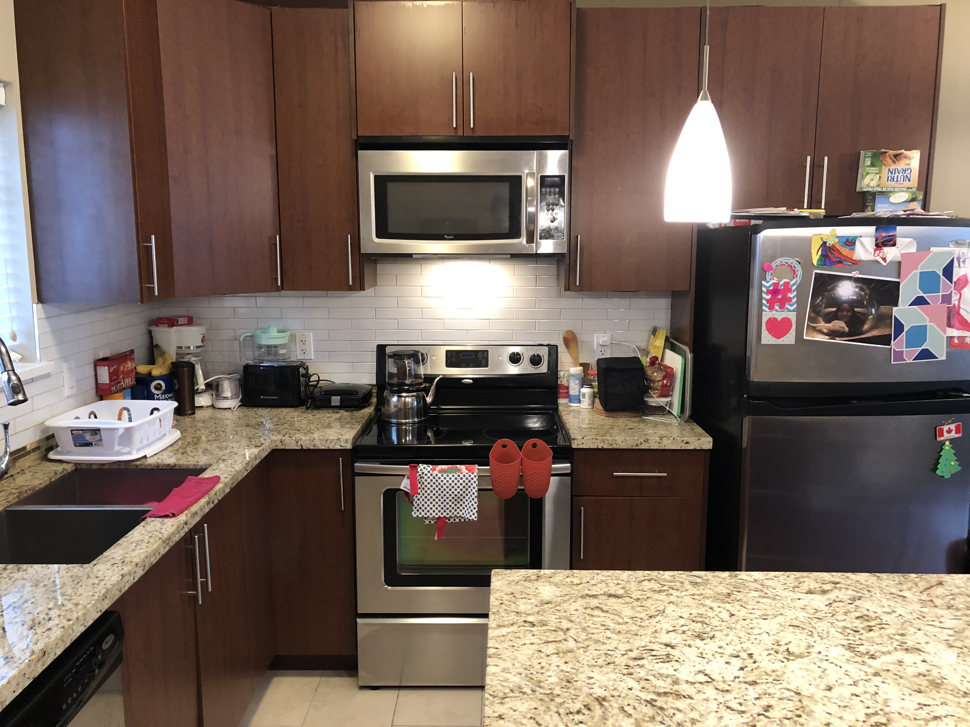Upscale Furnished Townhome, Convenient Capitol Hill!