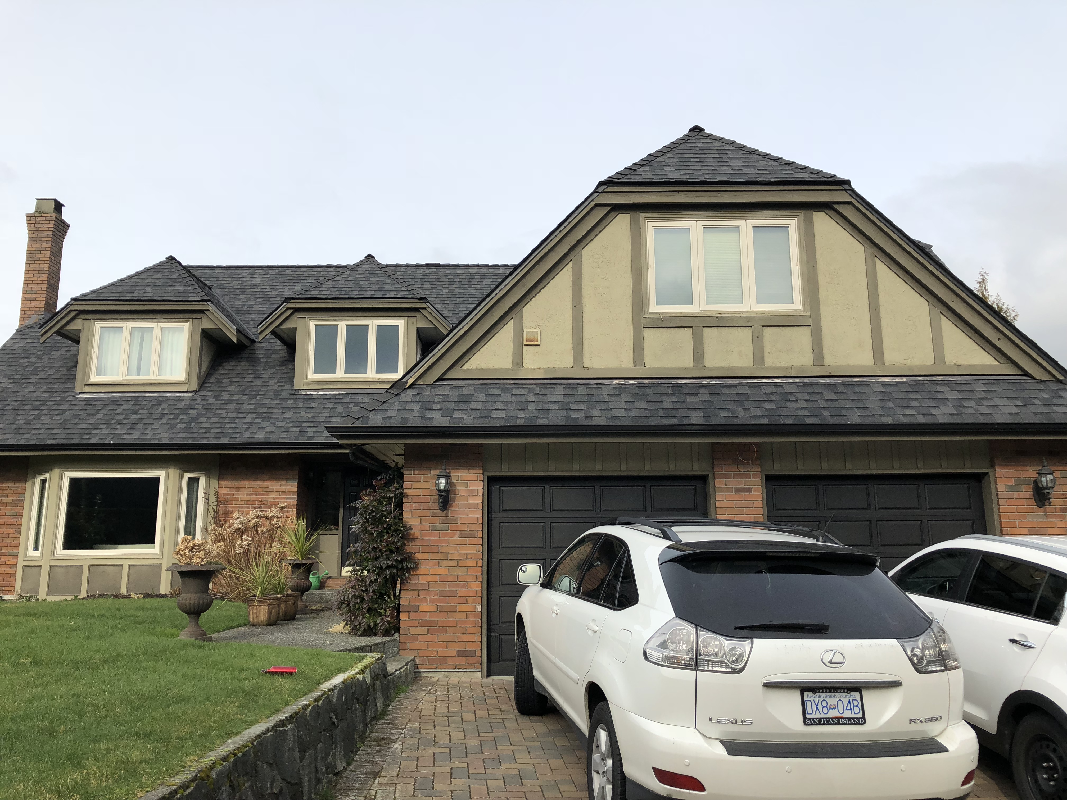 """Sensational """"Executive"""" Hilltop Estate in Caulfield! 5237 Timberfield Road, West Vancouver"""