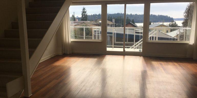 Main Floor Living & View