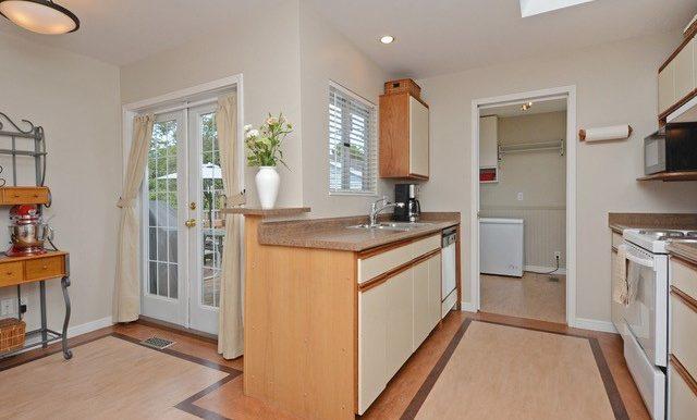 Kitchen & Door