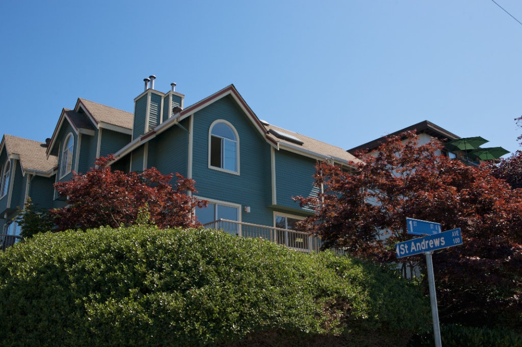Cute 2 Bed / 2 Bath Townhouse in LoLo!