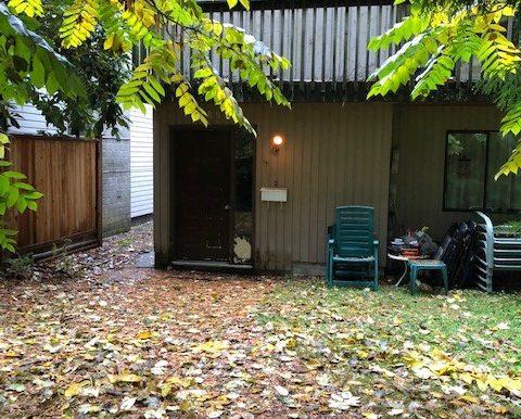 Exterior Walkway to Door