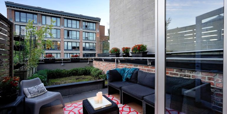 Terminus Gastown Downtown Vancouver Luxury Rental Furnished Accommodations Condo Loft 9