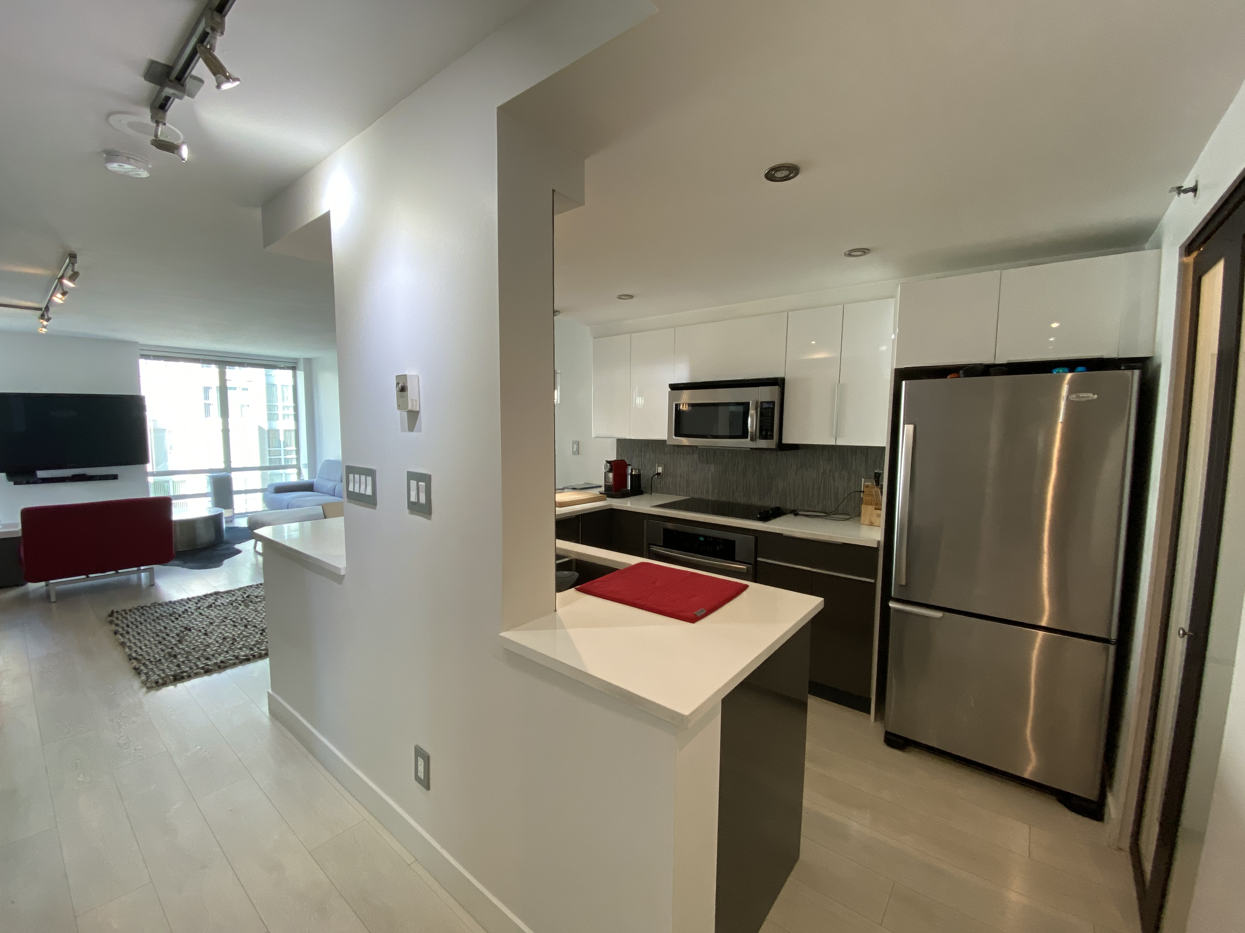 Unfurnished 888 Beach Ave Opportunity, The Best Location