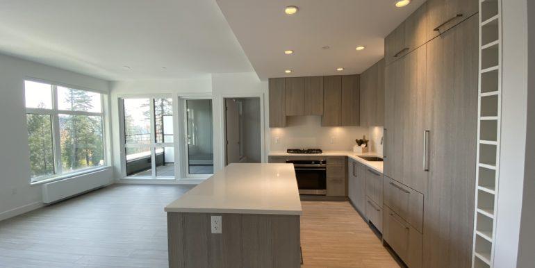 Kitchen - Living