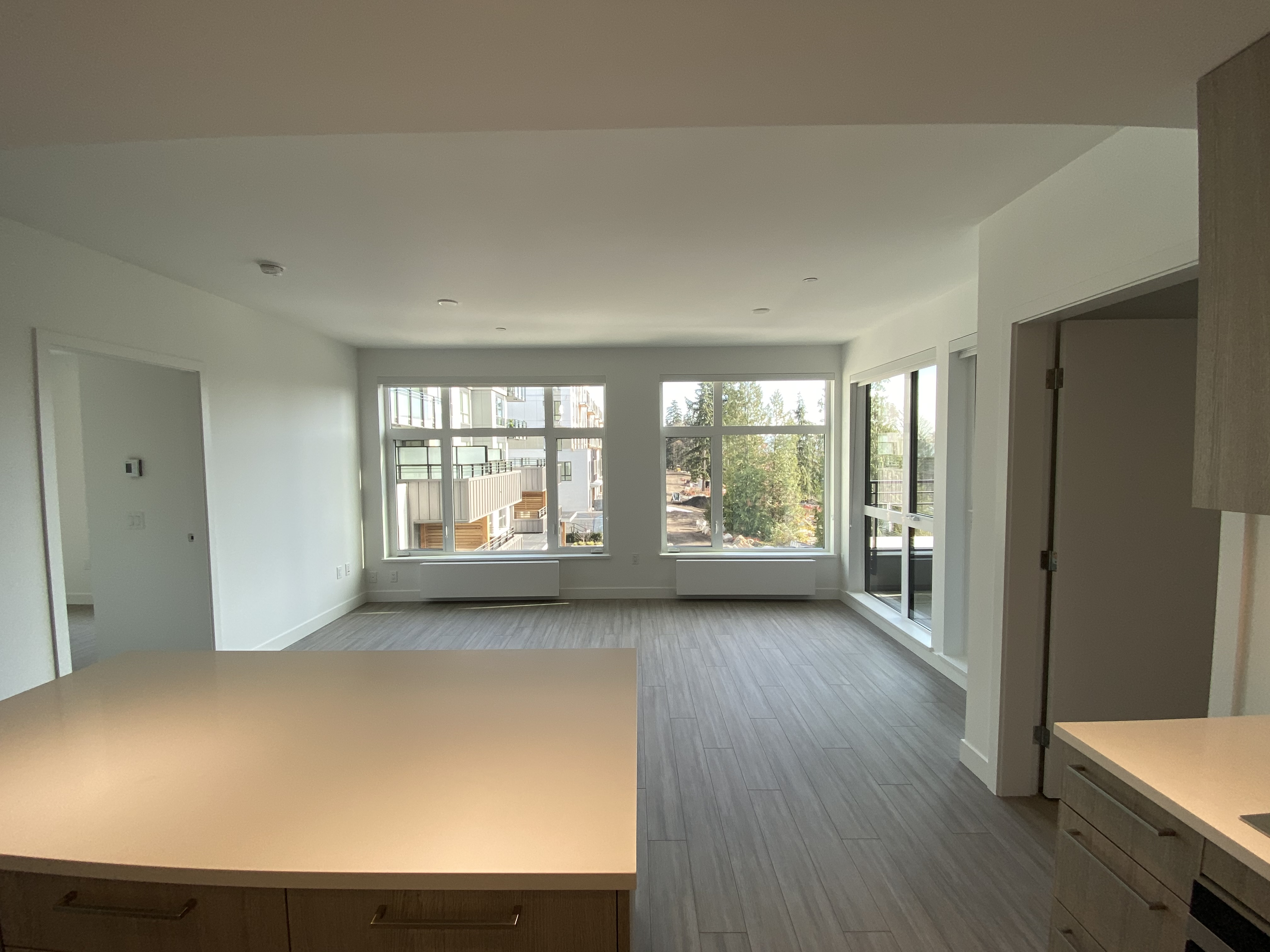 The Perfect Floorplan, 1 Bd + Den Large Enough For Bed!