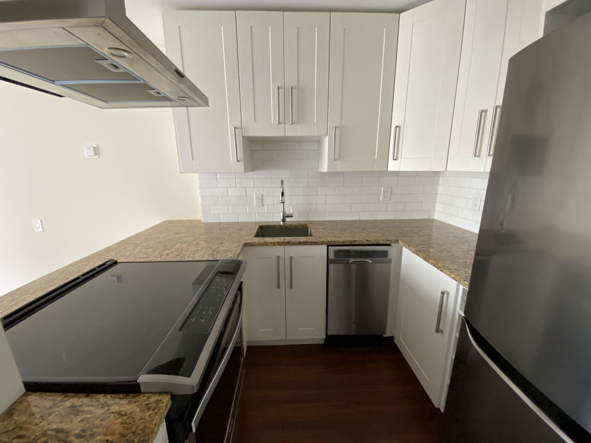 One Block Above Sunset Beach! Handsomely Renovated High-Floor Condo!