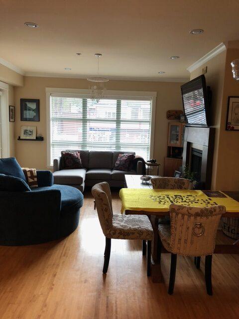 Horseshoe Bay Dream! Opulent Kitchen, Heated Floors, Air-Con + DEN! (211-6688 Royal Avenue, West Van)